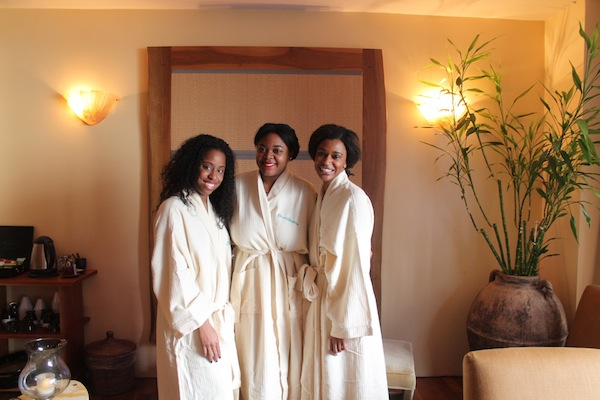 spa-day-friends