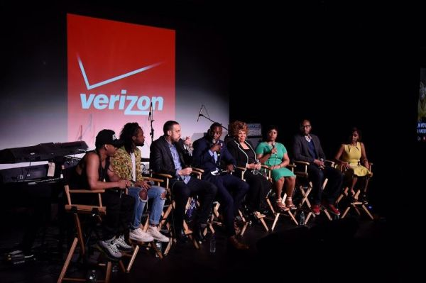 "NEW YORK, NY - MAY 15:  (L-R) Rose Gold, Ryan Cross, Haithem Elembaby, Kwame Jackson, Vy Higginsen, Noelle LLewellyn, Willie Jackson, and Michelle Nance speak as Verizon Celebrates Consumers With ""The Big Payoff"" Featuring A Special Exclusive Performance By Melanie Fiona And Expert Entertainment Panel on May 15, 2015 in New York City.  (Photo by Bryan Bedder/Getty Images for Verizon)"