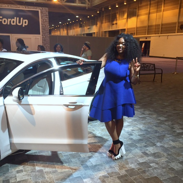 ford-essence-festival-booth