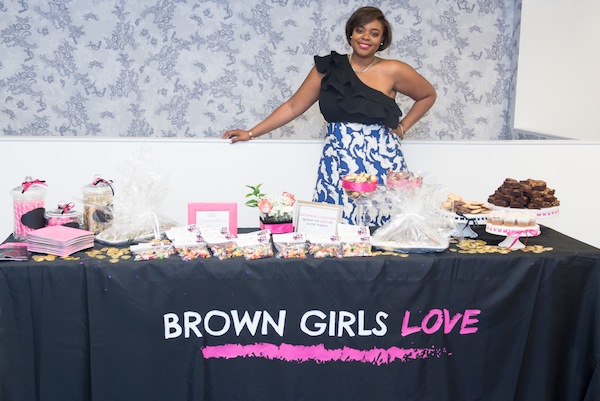 Brown-Girls-Love-dessert-table