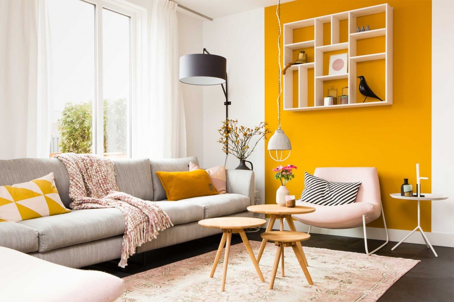 Tips on How to Decorate Brightly Colored Walls Successfully